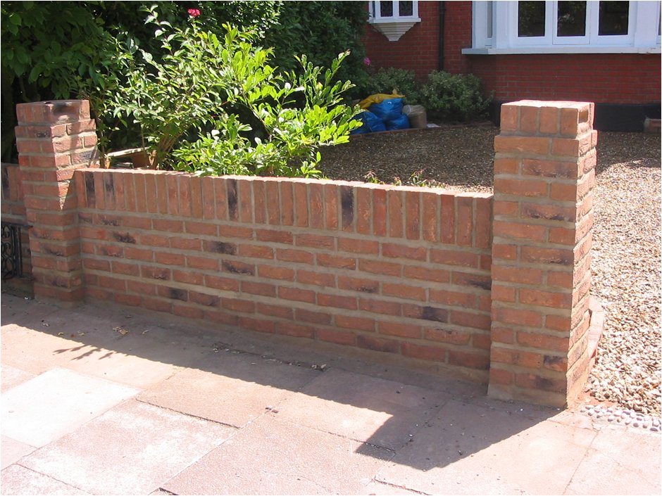 Bricks-g
